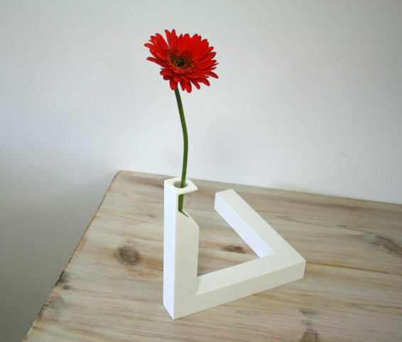 http://www.cuatrocuatros.com/files/gimgs/20_90-optical-illusion-vase-cuatro-cuatros.jpg
